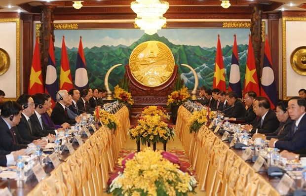 Vietnam - Laos joint statement stresses great friendship hinh anh 1