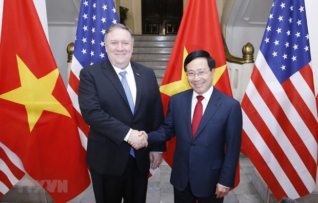 Deputy PM Minh holds talks with US Secretary of State hinh anh 1