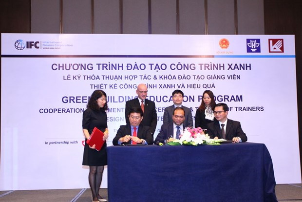 IFC helps universities improve training capacity hinh anh 1