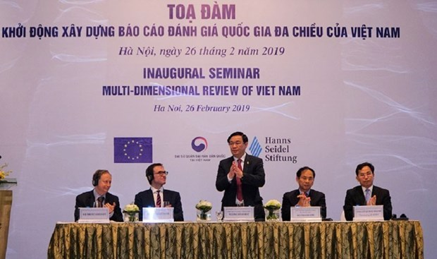 Inaugural seminar on multi-dimensional review of Vietnam hinh anh 1