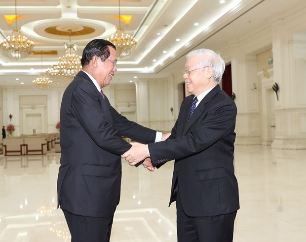 Vietnam, Cambodia to further intensify political trust hinh anh 1