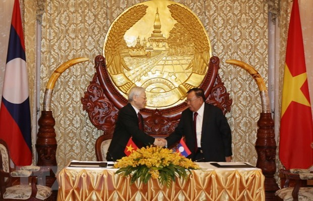 Top leader's visits to Laos, Cambodia - important external activities hinh anh 1
