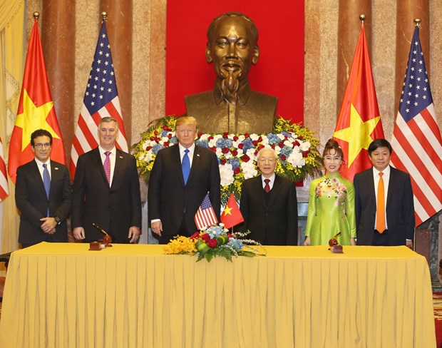 Vietnam, US sign cooperation agreements worth 21 billion USD hinh anh 1