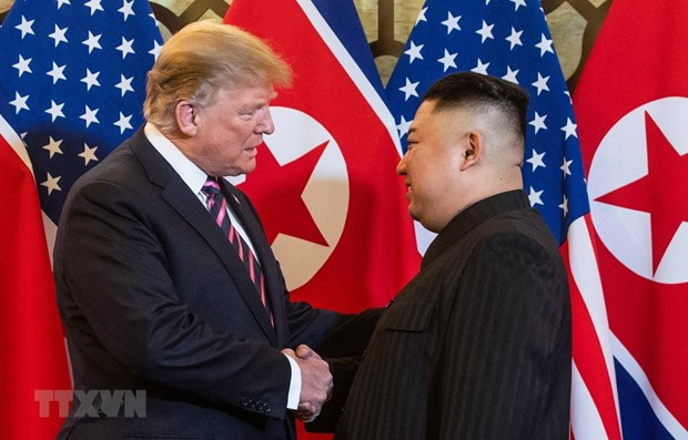 US, DPRK leaders begin second day of summit in Hanoi hinh anh 1