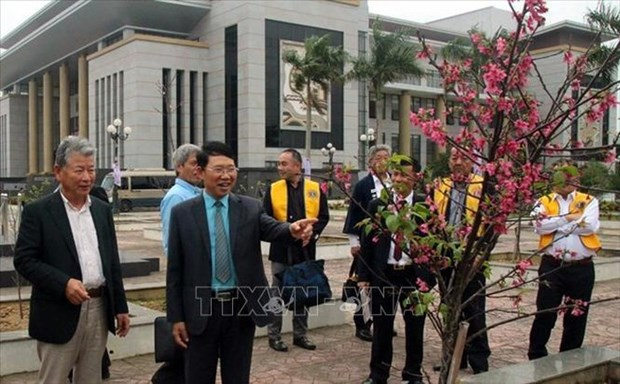 Bac Giang receives 100 cherry blossom trees from Japan hinh anh 1