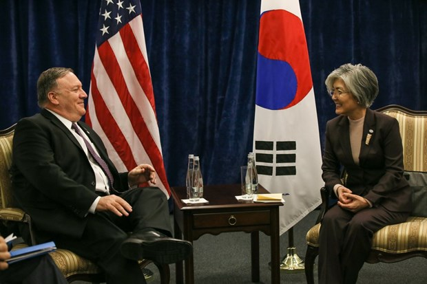 US, RoK, Japan discuss DPRK-USA summit's outcomes hinh anh 1