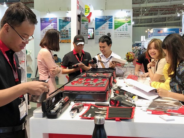 Domestic automobile industry set for good growth hinh anh 1