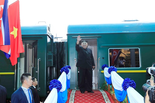 DPRK leader wraps up official friendship visit to Vietnam hinh anh 1