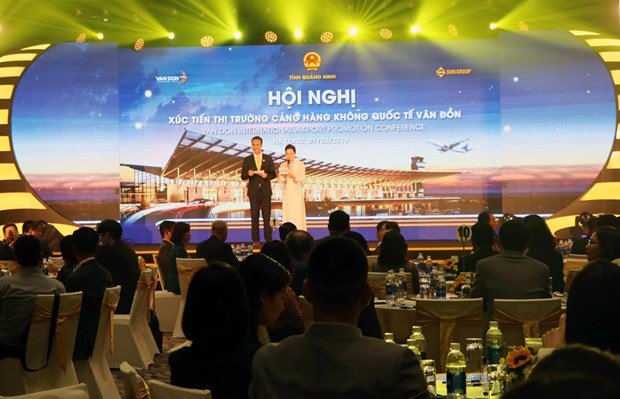 Quang Ninh works to attract flights to Van Don int'l airport hinh anh 1
