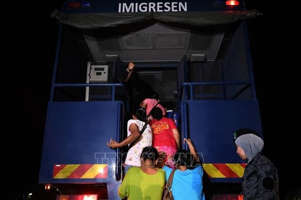 Malaysia fights illegal immigration hinh anh 1