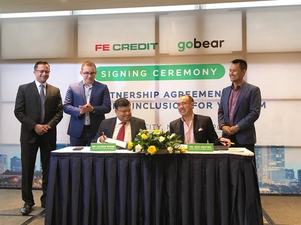 GoBear Vietnam inks deal with FE Credit hinh anh 1
