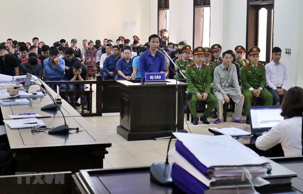 Appeal trial on trillion-VND online gambling case opens in Phu Tho hinh anh 1