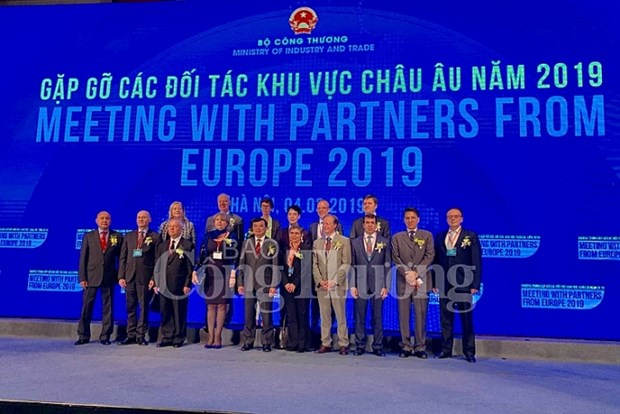 Programme enhances business linkages with European partners hinh anh 1
