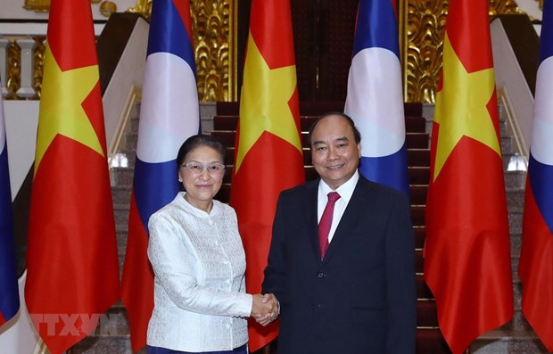 PM hosts Lao National Assembly leader hinh anh 1