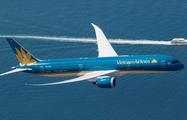 """Vietnam Airlines launches """"Hello Summer"""" promotion hinh anh 1"""