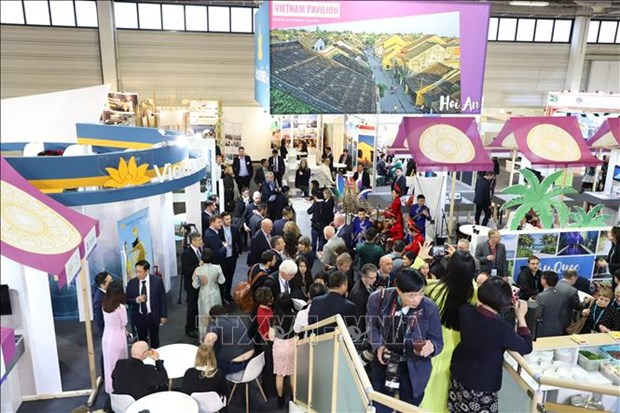 Vietnam promotes tourism at world's leading travel show in Berlin hinh anh 1