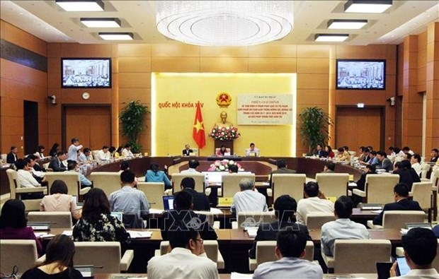 Lawmakers speed up addressing transport problems hinh anh 1