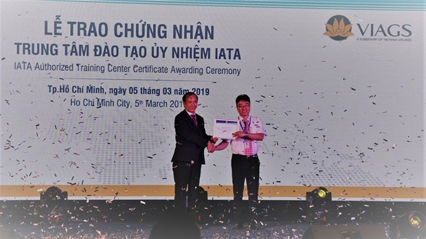 VIAGS authorised to host IATA training center course hinh anh 1