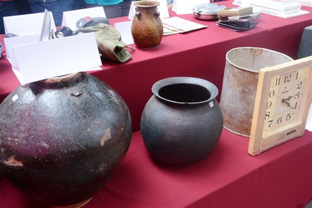 Dak Lak Museum receives valuable items from local people hinh anh 1