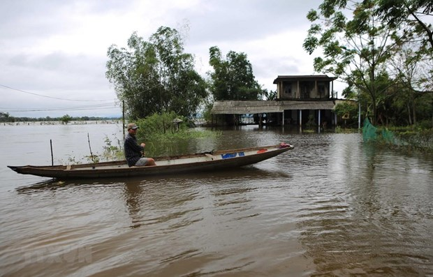 Thua Thien-Hue to build 430 flood-proof houses in 2019-2020 hinh anh 1
