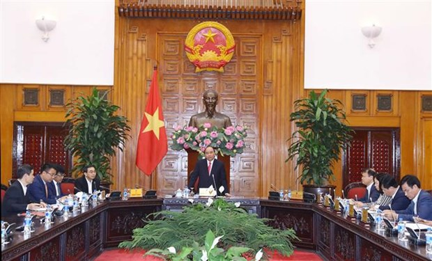 Auto industry crucial to Vietnam's industrial development: PM hinh anh 1