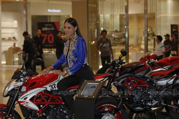 Honda predicts fall of motorcycle sales in Thai market hinh anh 1