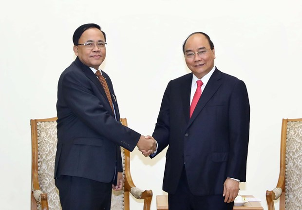 PM receives Myanmar minister of int'l cooperation hinh anh 1