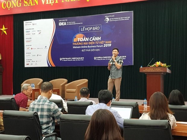 Online business market expands 30 percent in 2018 hinh anh 1
