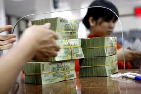 Credit growth expands 0.77 percent in two months hinh anh 1