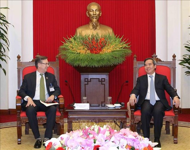 Party official lauds US business community's role in bilateral ties hinh anh 1
