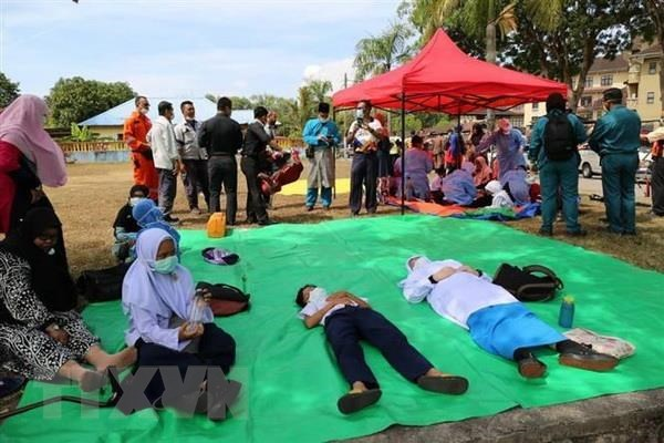 Malaysia closes 34 schools following suspected chemical leak hinh anh 1