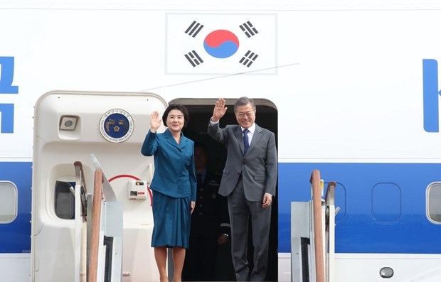 RoK President pays official visit to Cambodia hinh anh 1