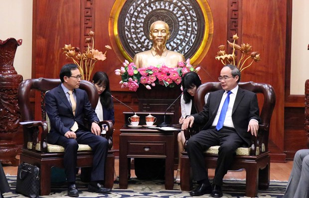 HCM City urges Samsung to soon open R&D centre hinh anh 1