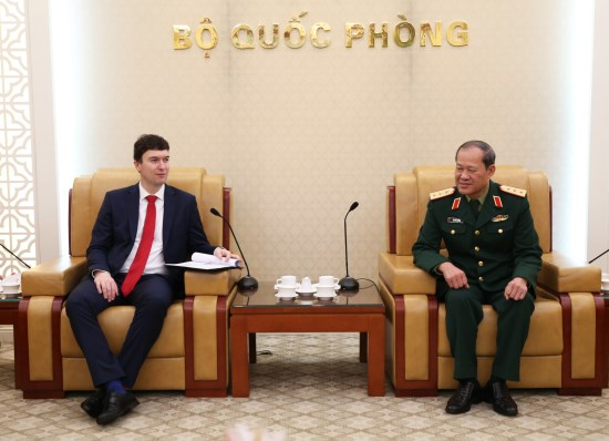 Czech's deputy foreign minister welcomed in Hanoi hinh anh 1
