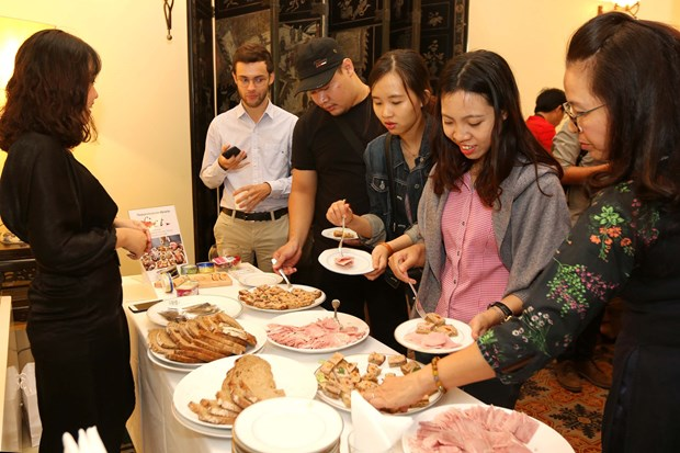 French cuisine introduced to Vietnamese people hinh anh 1
