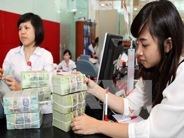 Deputy PM Vuong Dinh Hue asks for faster wage reform hinh anh 1