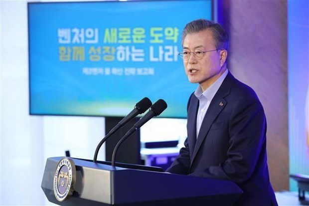 RoK President concludes three-nation ASEAN tour hinh anh 1