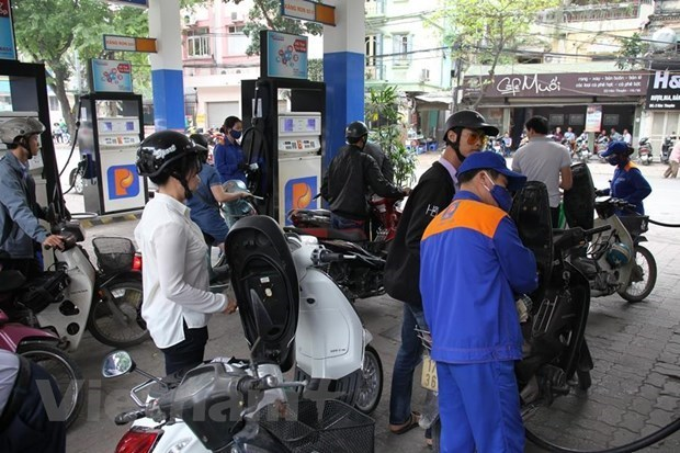 Petrol prices kept unchanged from latest adjustment hinh anh 1