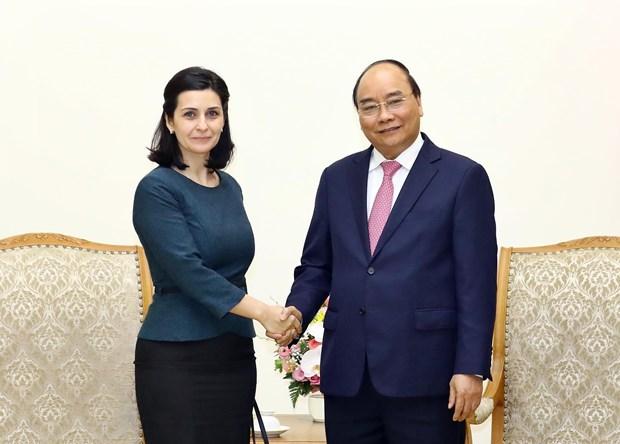 PM hosts Bulgarian, Uruguayan ambassadors hinh anh 1
