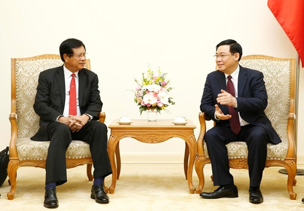 Vietnam shares experience in developing cooperatives with Laos hinh anh 1