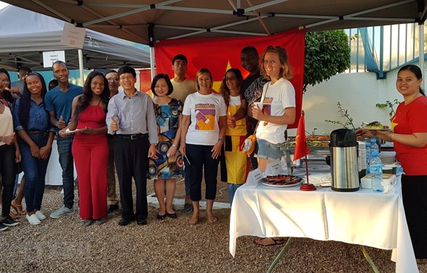 Vietnam represented at French language week in Mozambique hinh anh 1