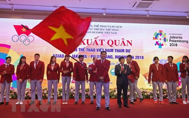 Almost 1.3 million USD allocated for head coaches, athletes hinh anh 1