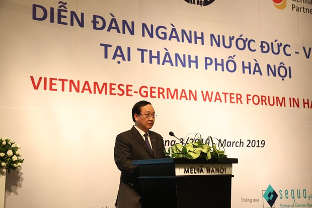 Hanoi calls for German investments in drainage, wastewater treatment hinh anh 1