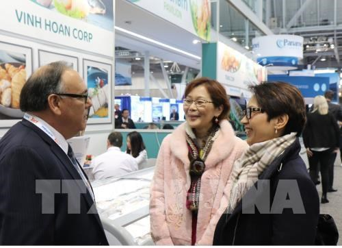 Seafood expo bolsters Vietnamese exports to US market hinh anh 1