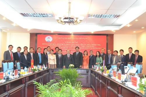 Huge potential for Vietnam, Laos to collaborate in cooperative economy hinh anh 1