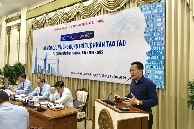 HCM City to apply artificial intelligence in building smart city hinh anh 1