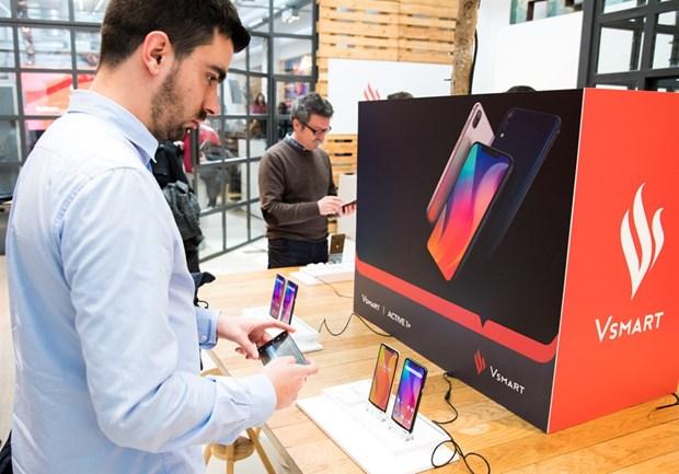 Vsmart smart phones distributed in Spain hinh anh 1