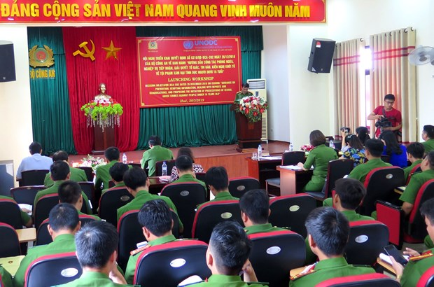 Workshop talks experience in preventing child sexual abuse hinh anh 1