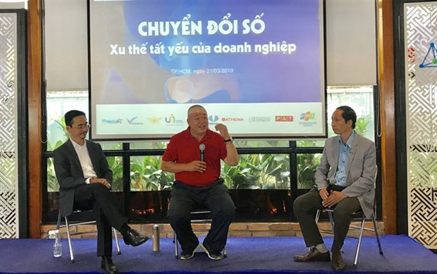 Firms need digital transformation to keep competitive hinh anh 1