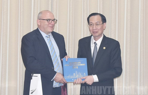 HCM City wants stronger cooperation with Education New Zealand hinh anh 1